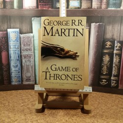 George R. R. Martin - A game of Thrones A song of ice and fire Vol. I