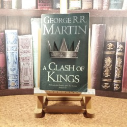 George R. R. Martin - A clash of kings A song of ice and fire Vol. II