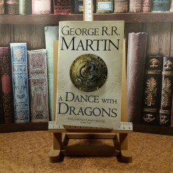 George R. R. Martin - A dance with dragons A song of ice and fire Vol. V