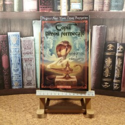 P. B. Kerr - Magicul New York Times Bestseller Copiii lampii fermecate Akhnaton si Djinnii captivi