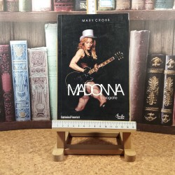 Mary Cross - Madonna O biografie