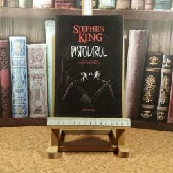 Stephen King - Pistolarul Vol I din seria Turnul Intunecat