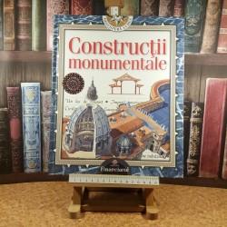 Anne Lynch - Constructii monumentale
